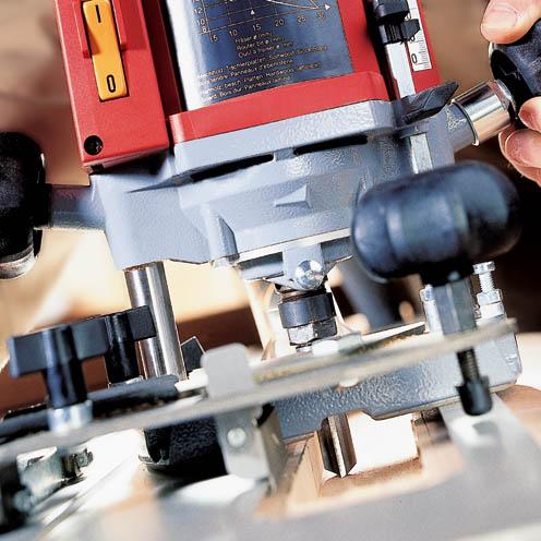 MAFELL Horní objížděcí frézka LO 65 Ec MaxiMAX v T-MAX